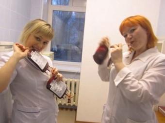 клизма девушкам в российской больнице
