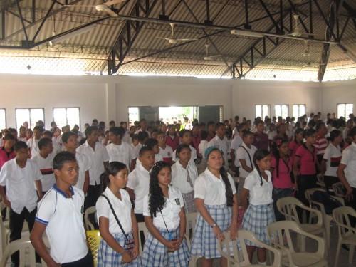 Школьники Эль Кармен де Боливар. Фото с сайта elcarmen-bolivar.gov.co