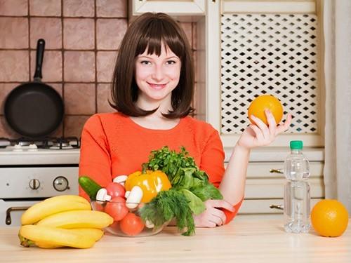 Сокращение жиров в рационе оказалось эффективнее низкоуглеводной диеты