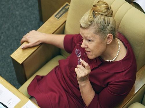 В Госдуму внесен законопроект о запрете розничной продажи таблеток для медикаментозного аборта