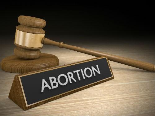 В России появилось женское движение против абортов