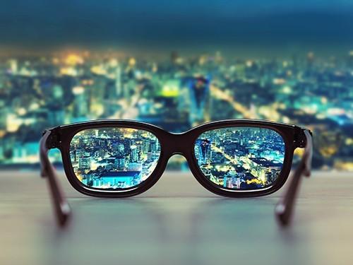 Эпоха близоруких: к 2050 году половина населения Земли будет страдать от плохого зрения
