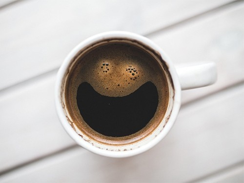 Привычка пить кофе каждый день понижает риск слабоумия
