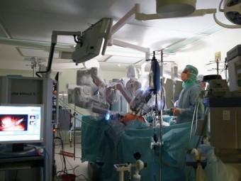операции брюшной аорте впервые россии ассистировал робот