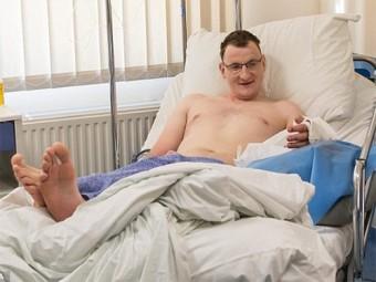 польше впервые пересадили руку взрослому мужчине родившемуся