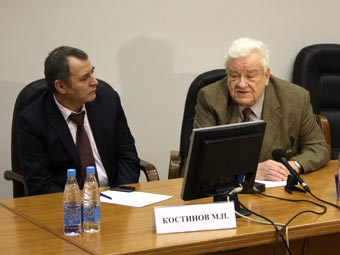 Михаил Костинов (слева) и Владимир Таточенко
