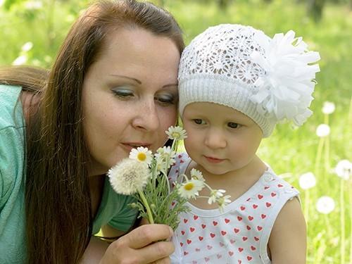 Мама и больной ребенок стих