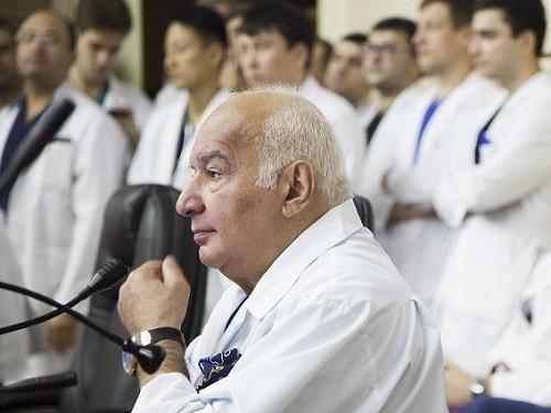 Главный онколог страны Михаил Давыдов официально объявил об уходе ...