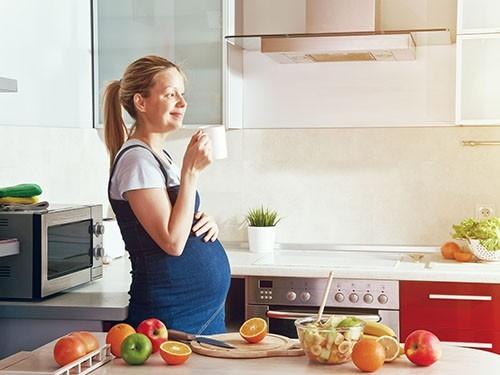 Кофеин вовремя беременности приводит кожирению детей